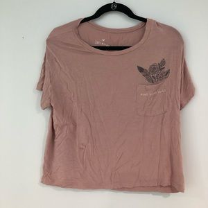 Super comfy and soft tshirt from American eagle